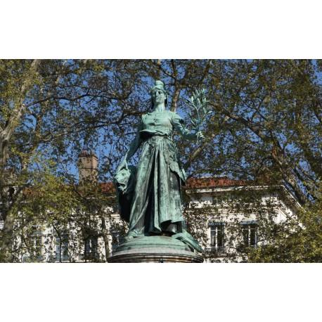 Monument à la gloire de la république