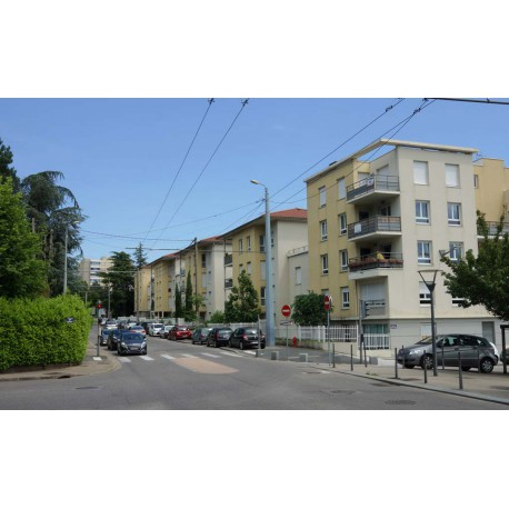 Rue Louis Juttet