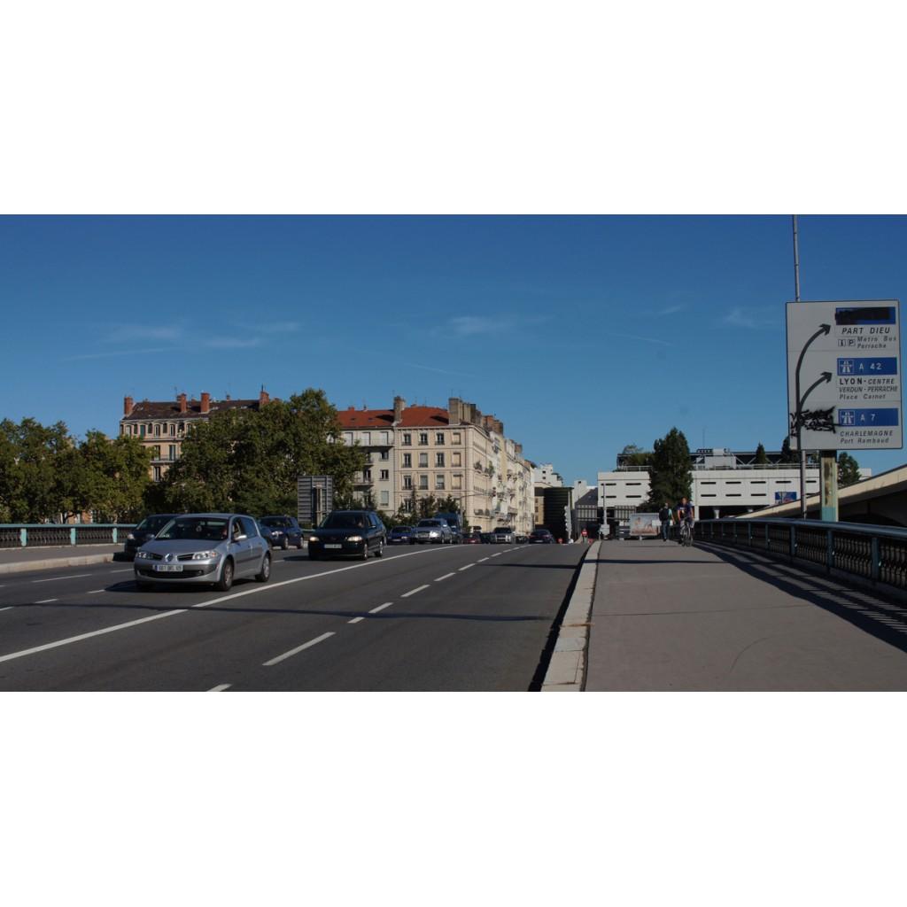 Pont Kitchener Marchand - Les rues de Lyon
