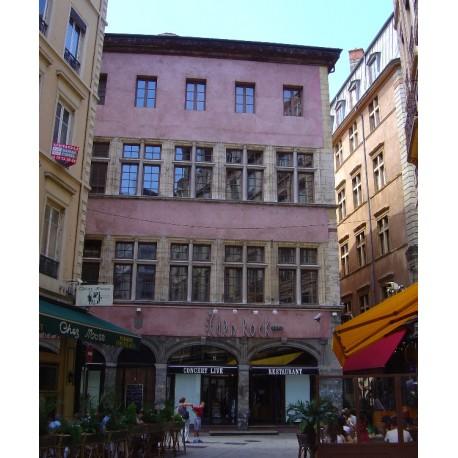 La façade de l'hôtel Horace Cardon