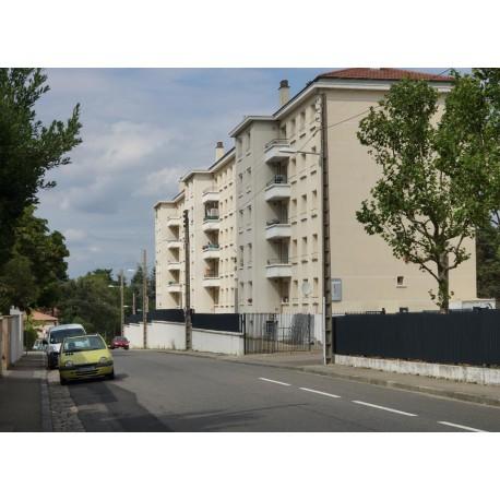 Rue Jean Fauconnet