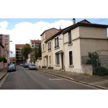 Rue des Aubépins