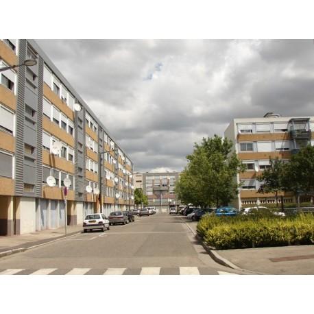 Rue Louis Tixier